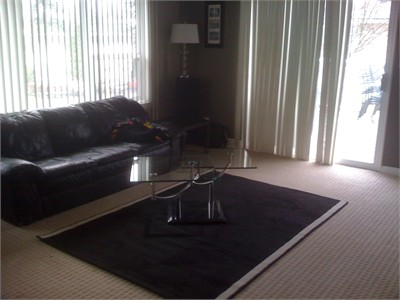 Master Bdrm avail furnished in large house. 5 min to VIU