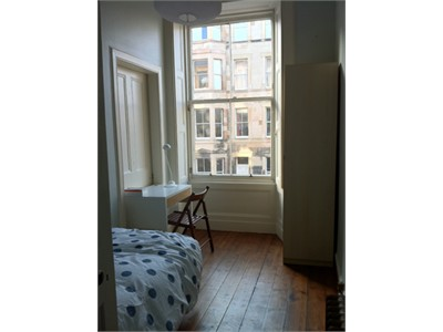 Single/double bedrooms short-term stay in Edinburgh City Centre