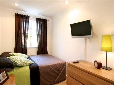 Lovely & Beautiful Room For Rent