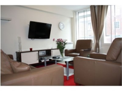 Excellent newly built large one bedroom flat in Glasgow