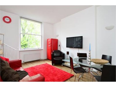 A beautiful one bedroom apartment in 66 Isabella Street ,Toronto