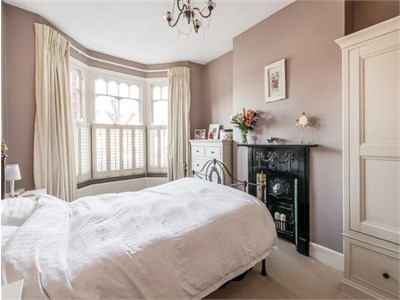1min from Notting Hill tube station,2mins from Portobello Road Market