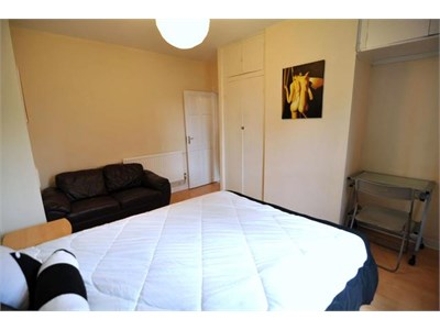 Friendly family with two bedroom home one room available for guest