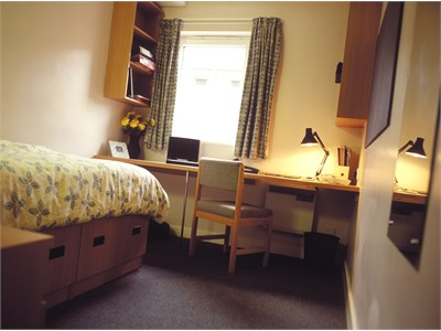 Victoria Hall rooms available.