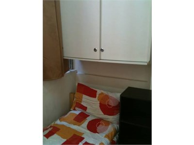 Interested in a Quiet and Private Place? Affordable Shareflat to offe