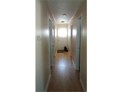 Rooms to rent in large apartment