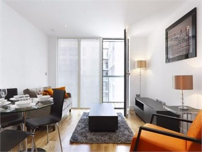 Bright and spacious 1 Bedroom Flat