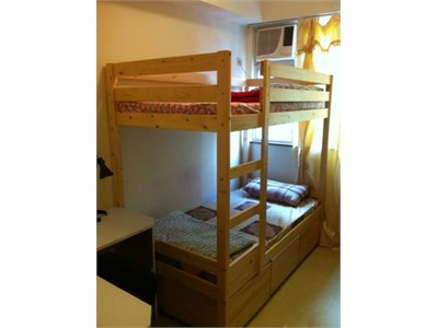 flatshare ROOM , available NOW