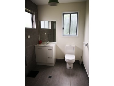 Self contained student accommodation in Raveview