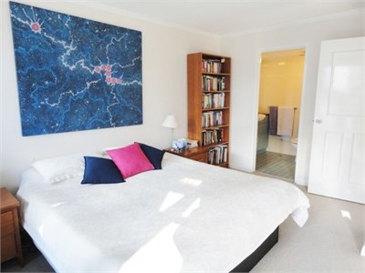 Ensuite  room available:bryne.covet1819@gmail.com